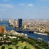 """Pohľad na """"modernú"""" Káhiru z TV veže"""