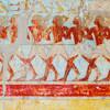 Stopy histórie na stenách chrámov