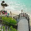 Schody na pláž v Tulum