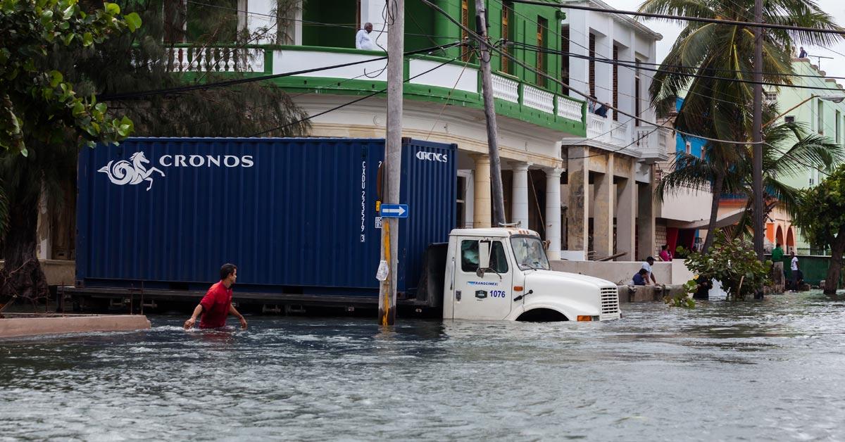 Hurikán Irma zanecháva v Karibiku stopu skazy