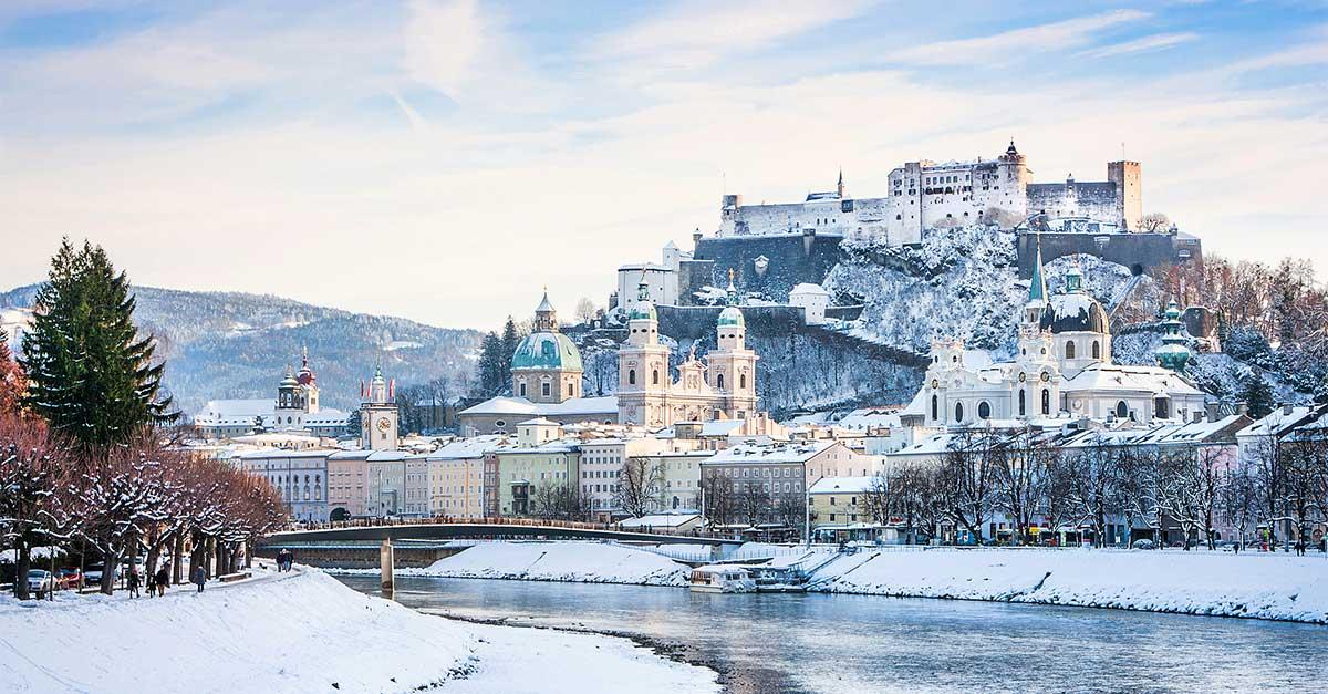 Prečo sa oplatí vyzuť lyžiarky a odskočiť si zo svahu do Salzburgu?